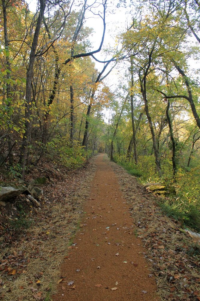 Rock Ledge Trail