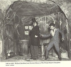 Wilfred Buckland and Everett Shinn in The Prune-Hater's Daughter *
