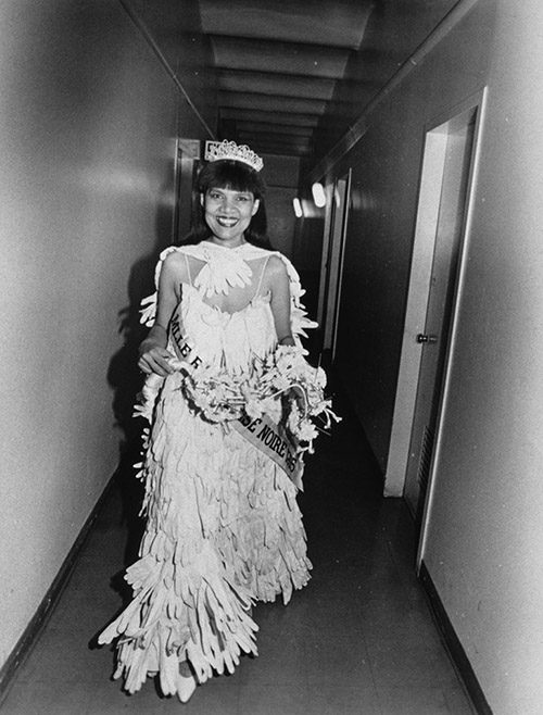 Lorraine O'Grady in a performance as Mlle Bourgeoise Noire