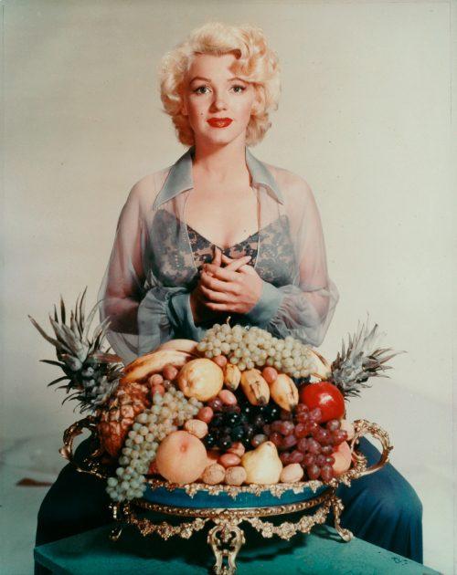 Nickolas Muray, Marilyn Monroe with bowl of fruit, 1952