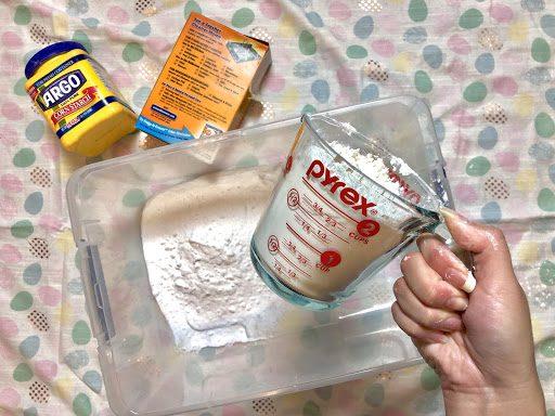 Ingredients to make fake snow