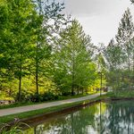 Crystal Bridges trail and water feature