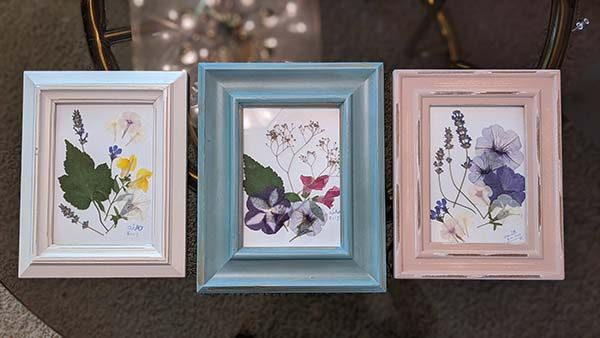 Framed pressed flowers Contributed by: Nami Bagirimvano Created by: Nami Bagirimvano Origin: Handmade at home
