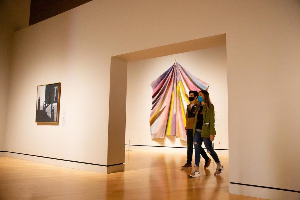 Crystal Bridges museum art galleries