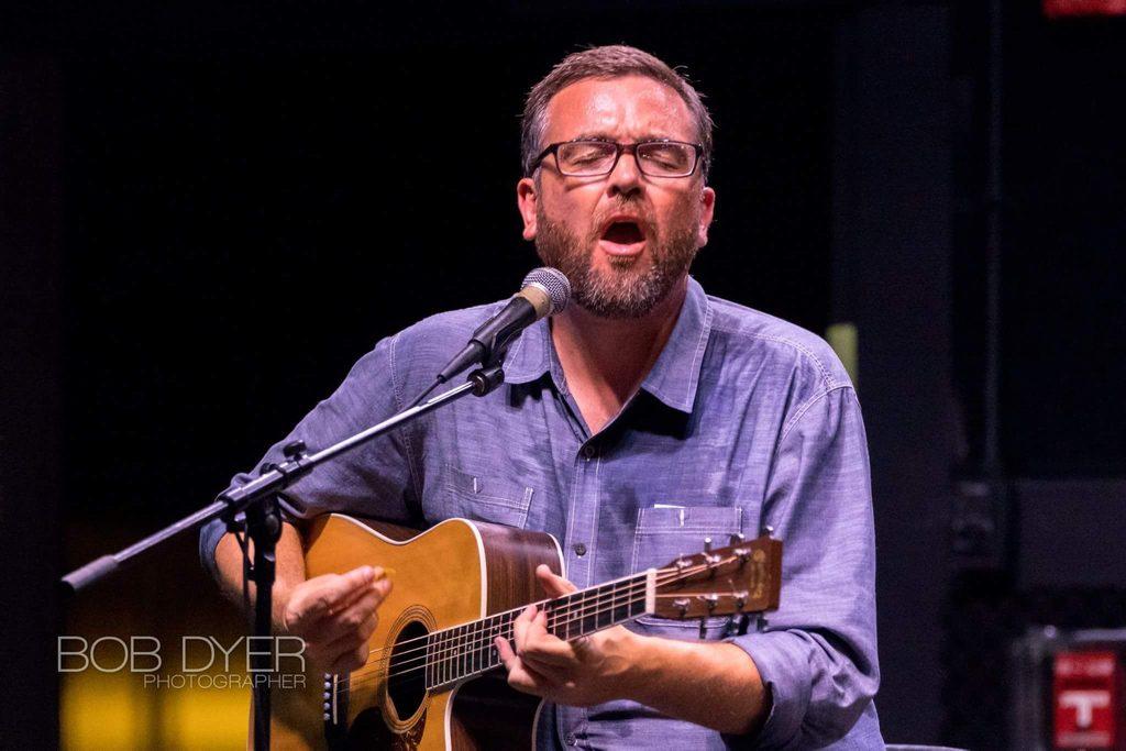 Blues artist Chris Cameron